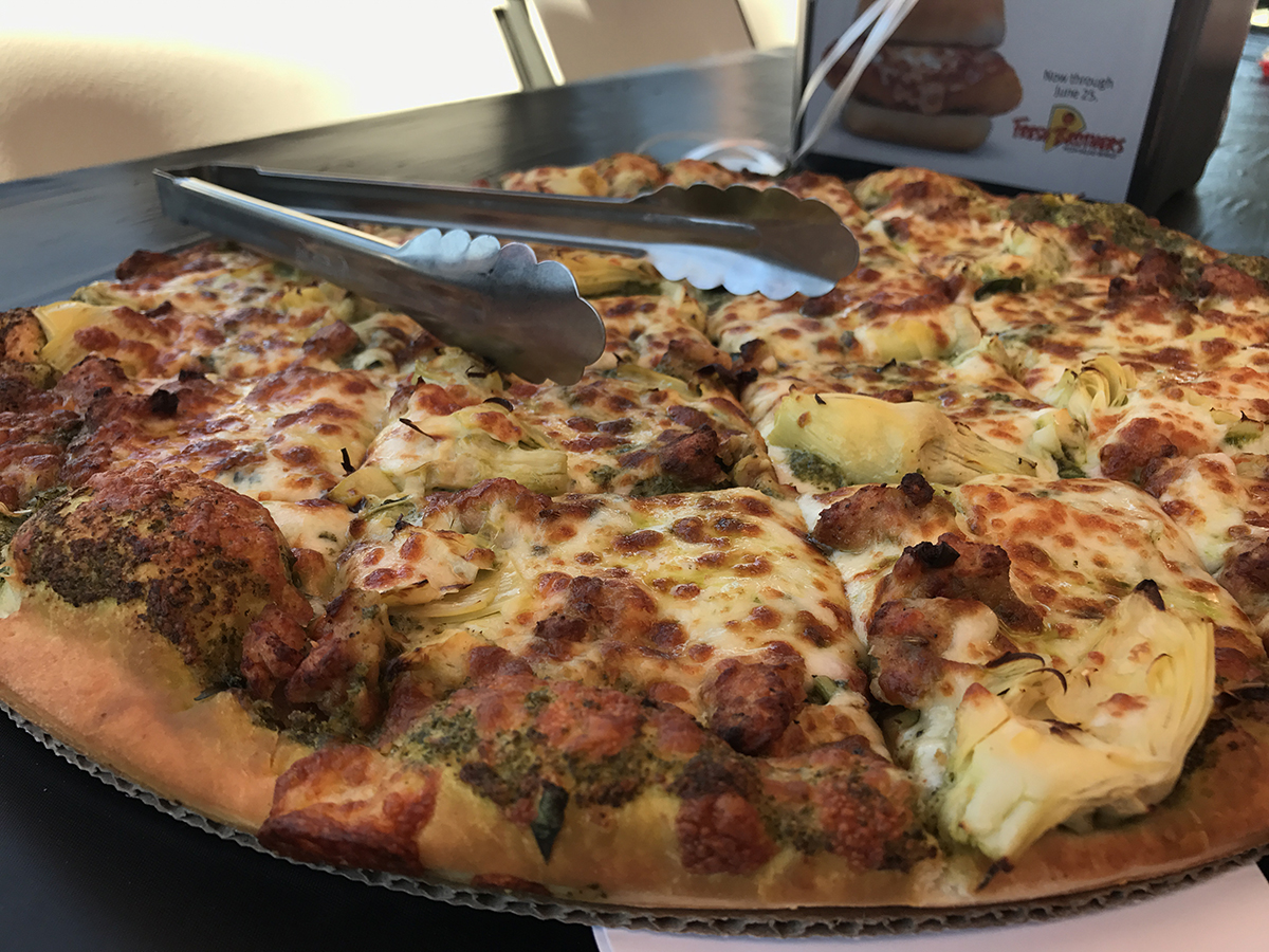 Friday Favorites: May Day, May Day! / Fresh Brothers Pizza in Burbank
